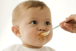 Введение прикорма - меняем режим кормления.