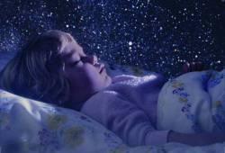 Спать необходимо в темноте