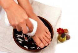 Уход за ногами: как уберечь от старения