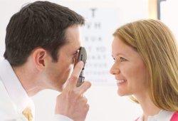 Почему важно регулярно проверять зрение?