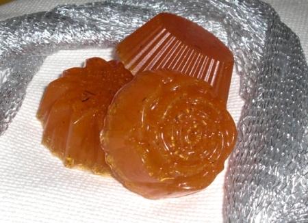 Ромашковое мыло с мёдом.