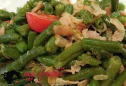 Салат из зелёной фасоли с беконом
