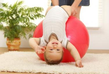 Держим равновесие! Или как развить ребенку вестибулярный аппарат!