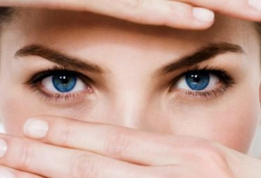 Блефарит: причины, симптомы и лечение